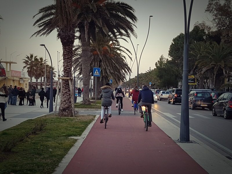 Cycle track North of Roseto